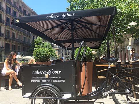 La renovada terrassa del restaurant Cullera de Boix a rambla Catalunya.