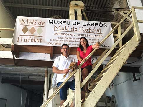 Els germans Rafael i Teresa Margalef propietaris del Molí de Rafelet a Deltebre.
